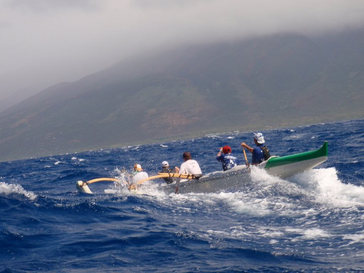 Team Kamanu repeats win in Pa'a 'Eono Hoe race