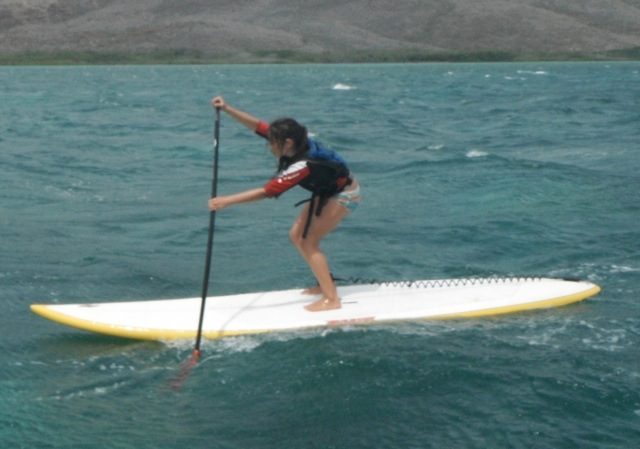 Josie Mawae wins long course in Makani Ikaika O Molokai stand-up paddle race