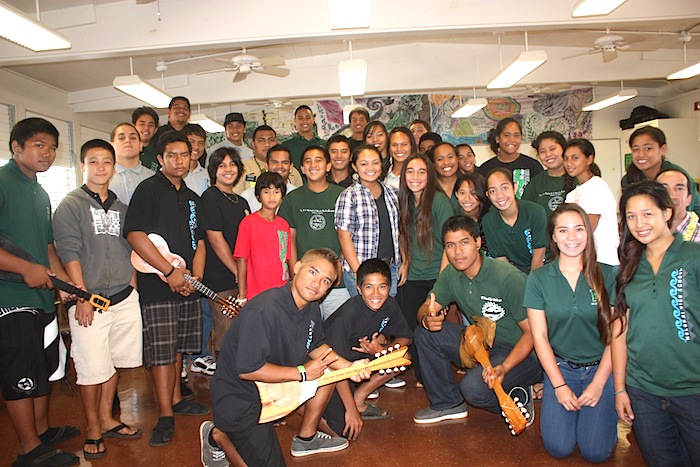 Hawaiian Immersion students receive Tahitian and French lesson in preparation for hosting Tahiti guests