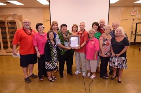 A group presentation to Mayor Arakawa of a Proclamation of Appreciation. From left, Joe Pluta, May Fujiwara, Mrs. Arakawa, Liz May, Mayor Arakawa, Lynn Donovan, Don Lehman, Vivian Ichiki, Theo Morrison, Bob Pure, Pat Endsley, Richard Endsley, Ruth McKay. Photo by Joe Makarewicz of MSI.